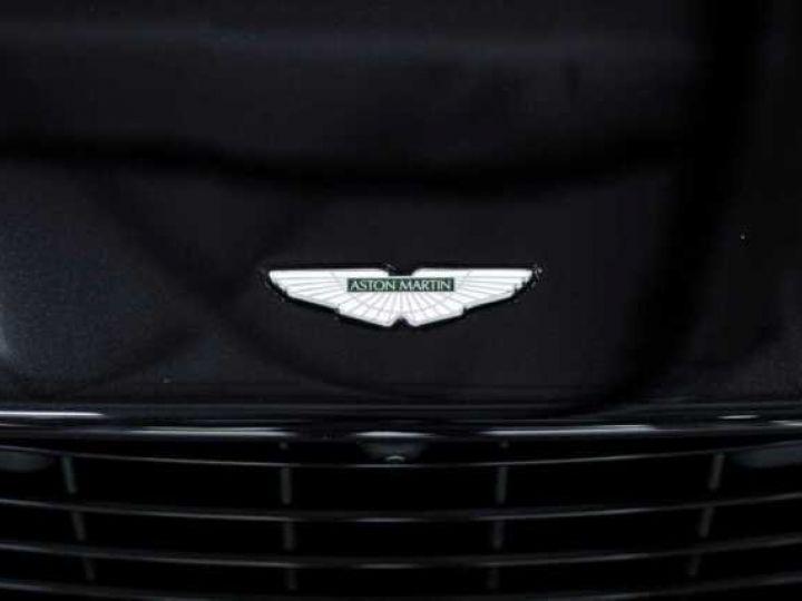 Aston Martin DB11 V8#VOLANTE#BODYPACK BLACK# Special Q Onyx Black - 15