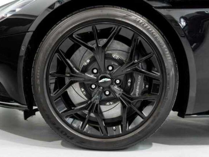 Aston Martin DB11 V8#VOLANTE#BODYPACK BLACK# Special Q Onyx Black - 16