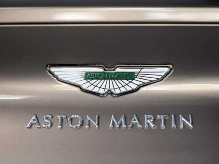 Aston Martin DB11 VOLANTE V8 4.0 MODEL 2020 BLACK BODYPACK Arizona Bronze métal - 7