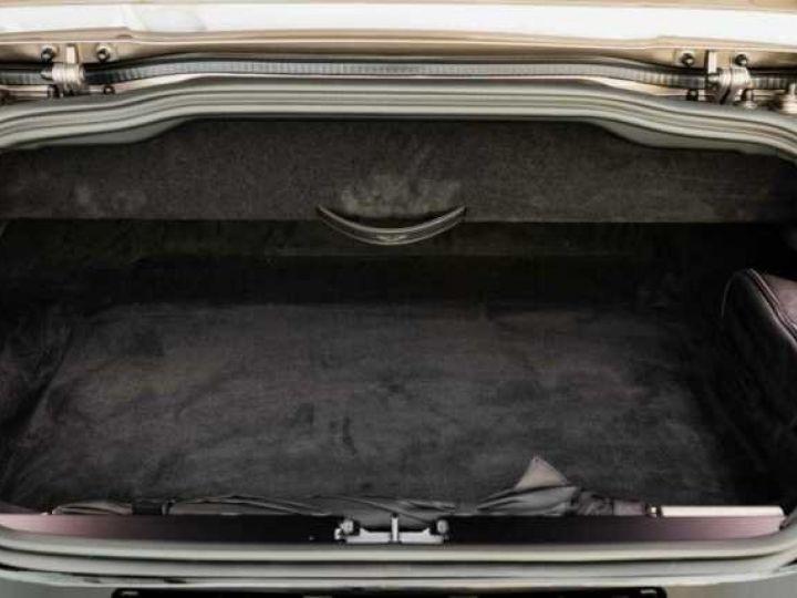 Aston Martin DB11 VOLANTE V8 4.0 MODEL 2020 BLACK BODYPACK Arizona Bronze métal - 16