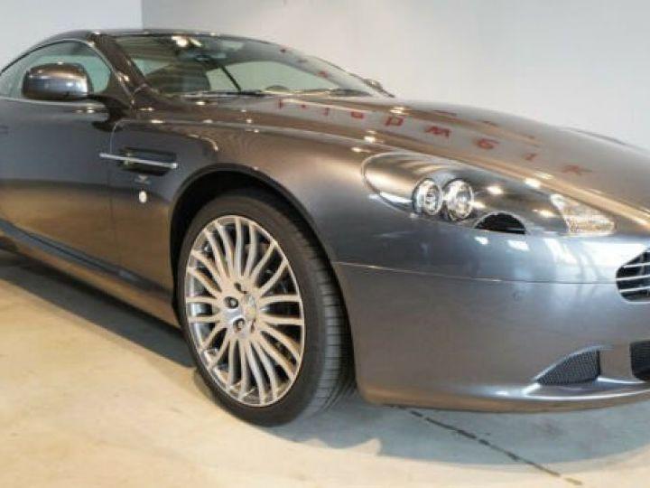 Aston Martin DB9 5.9 V12#seulement 25.000 km Meteorite Grau métal - 1