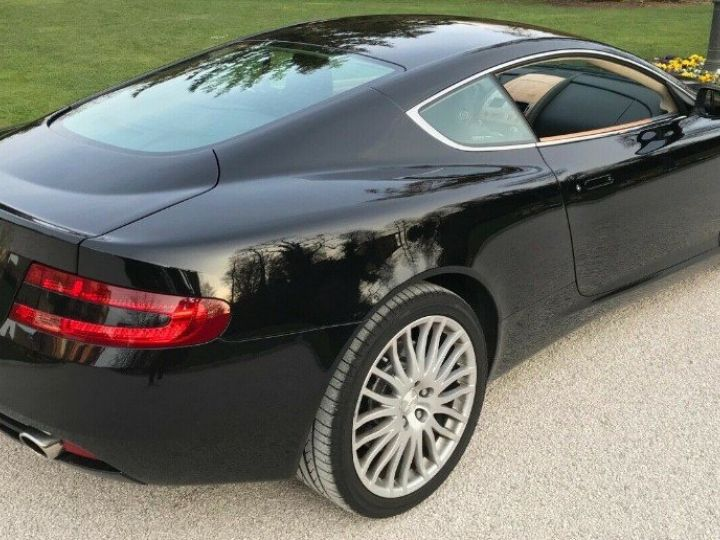 Aston Martin DB9 COUPE 5.9 V12 477 TOUCHTRONIC noir métal - 2