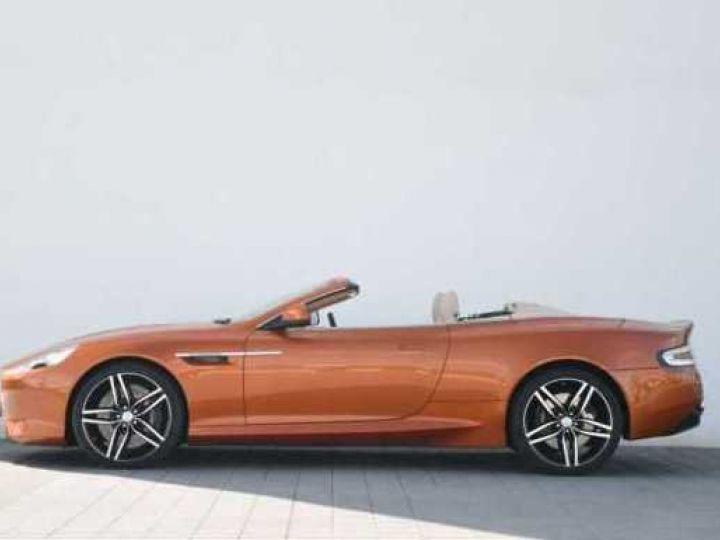 Aston Martin DB9 GT Volante Madagascar Orange métal - 11