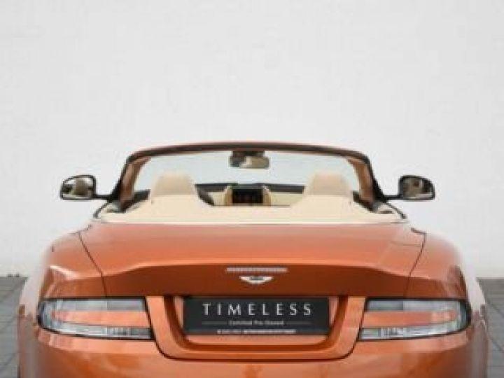 Aston Martin DB9 GT Volante Madagascar Orange métal - 12