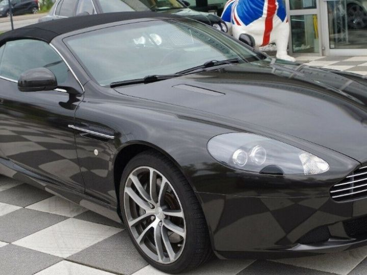 Aston Martin DB9 VOLANTE 5.9 V12 477 TOUCHTRONIC (06/2011) gris foncé métal - 1