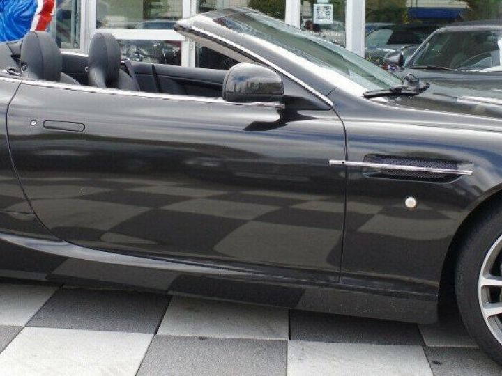 Aston Martin DB9 VOLANTE 5.9 V12 477 TOUCHTRONIC (06/2011) gris foncé métal - 6