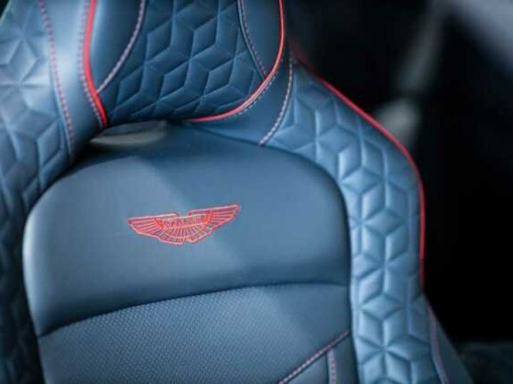 Aston Martin DBS SU'PERLEGGERA # RED DIVINE # BODYPACK CARBON Red Divine métsl - 2