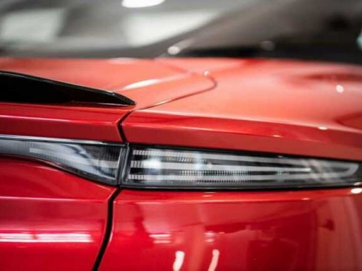 Aston Martin DBS SU'PERLEGGERA # RED DIVINE # BODYPACK CARBON Red Divine métsl - 10