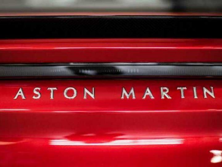 Aston Martin DBS SU'PERLEGGERA # RED DIVINE # BODYPACK CARBON Red Divine métsl - 19