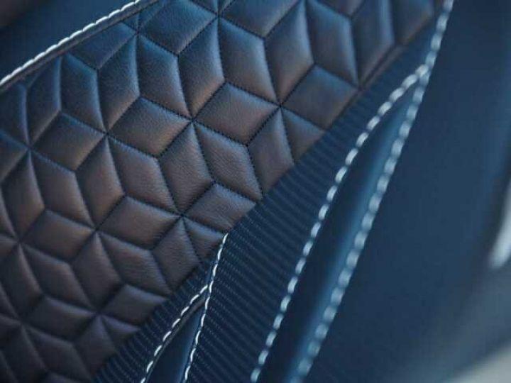 Aston Martin DBS SUPERLEGGERA Onyx Black - 17