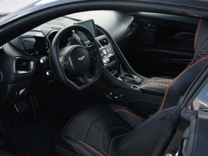 Aston Martin DBS SUPERLEGGERA  Jet Black - 4