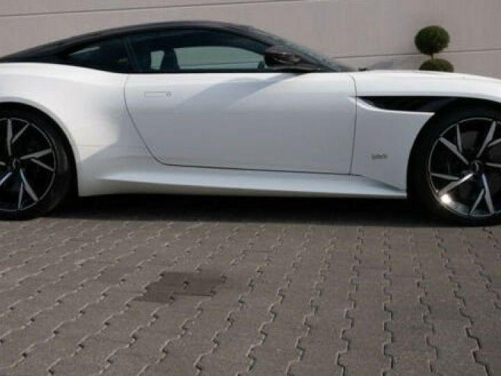 Aston Martin DBS SUPERLEGGERA Stratus Shite  - 3