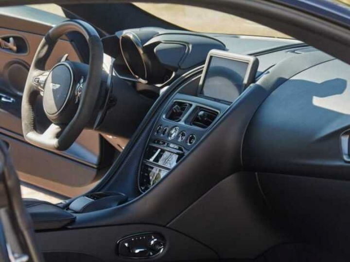 Aston Martin DBS SUPERLEGGERA #PEINTURE EXCLUSIVE Q Satin Xénon Grey (Q Satin) - 8