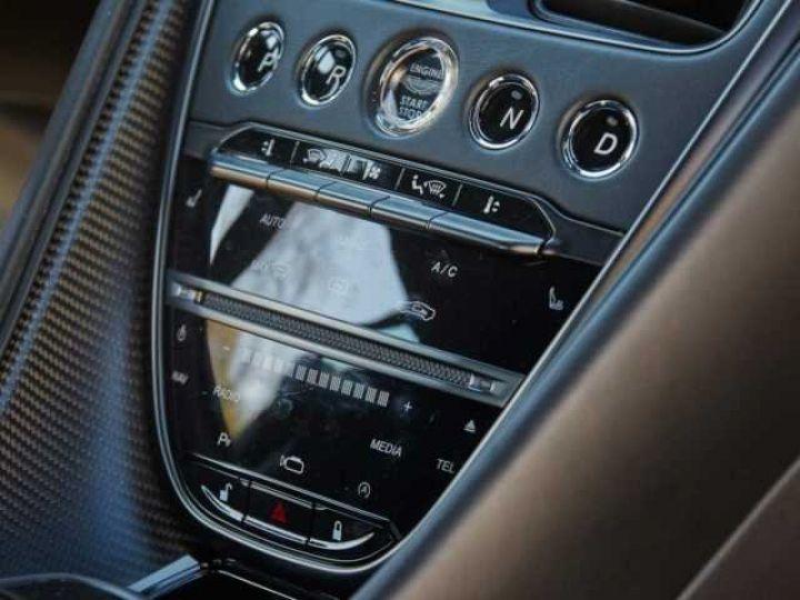 Aston Martin DBS SUPERLEGGERA #PEINTURE EXCLUSIVE Q Satin Xénon Grey (Q Satin) - 10