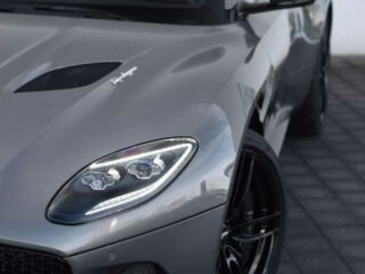 Aston Martin DBS SUPERLEGGERA VOLANTE# 725 CV Hammerhead Silver métal - 5
