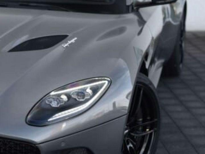 Aston Martin DBS Volante #A Gentleman in a Racing Suit# 725 CV Hammerhead Silver métal - 5