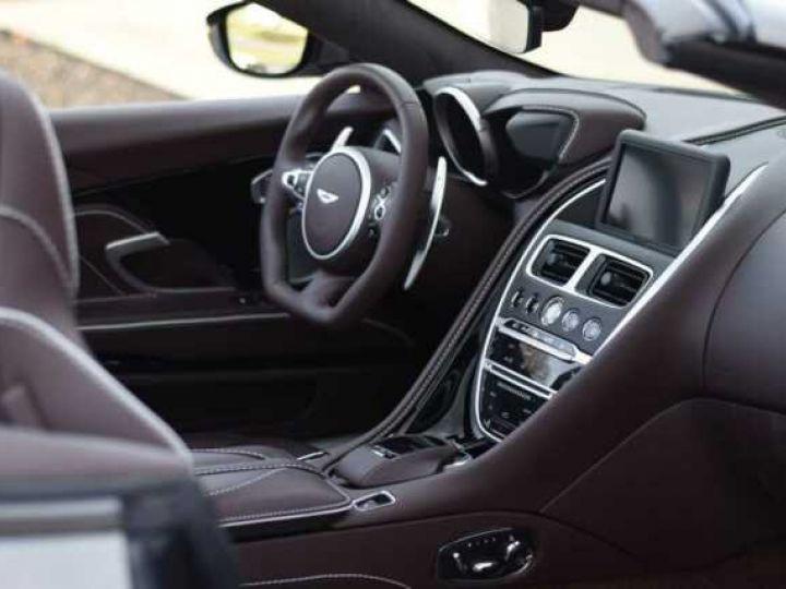 Aston Martin DBS Volante #A Gentleman in a Racing Suit# 725 CV Hammerhead Silver métal - 8