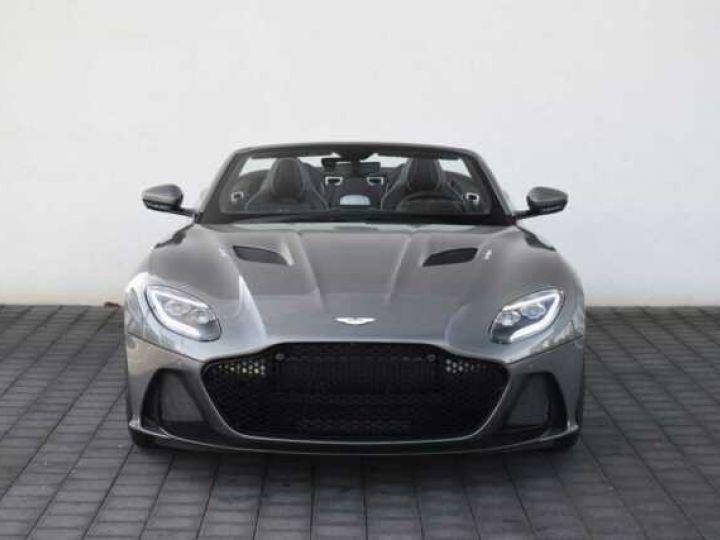 Aston Martin DBS Volante #A Gentleman in a Racing Suit# 725 CV Hammerhead Silver métal - 12