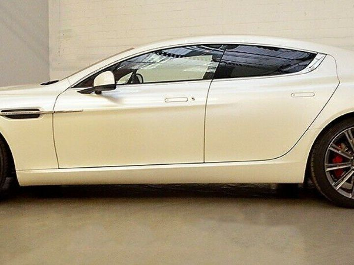 Aston Martin Rapide 5.9 477 V12 TOUCHTRONIC Blanc métal  nacré  - 5