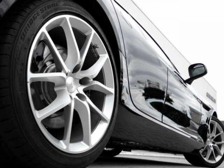 Aston Martin RAPIDE S Onyx Black métal - 5
