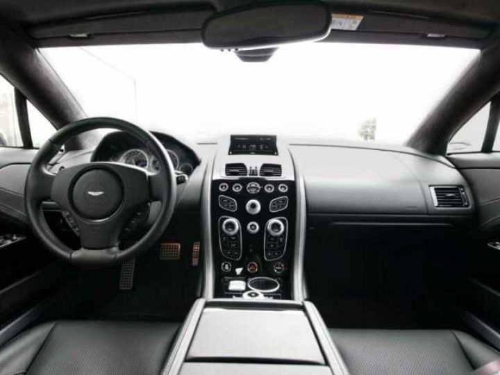 Aston Martin RAPIDE S Onyx Black métal - 8