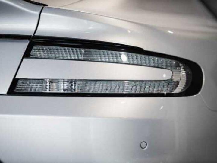Aston Martin RAPIDE V12 AMR#Bodypack carbone Lightning Silver métal - 16
