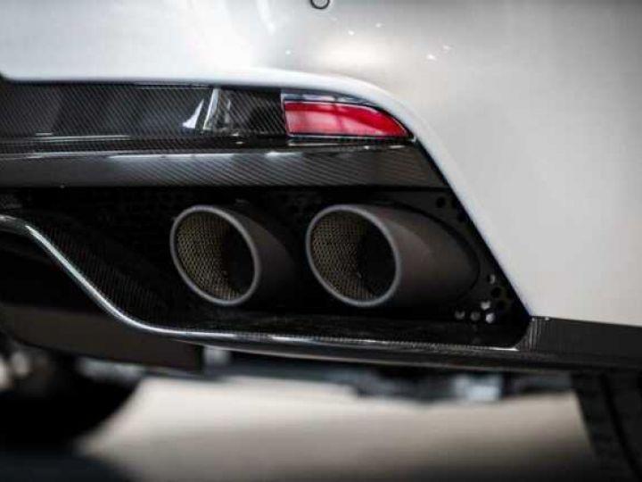 Aston Martin RAPIDE V12 AMR#Bodypack carbone Lightning Silver métal - 17