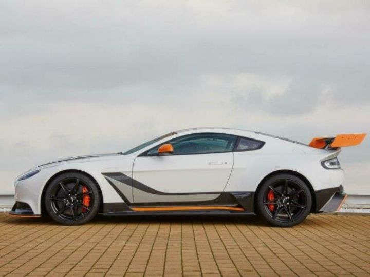 Aston Martin V12 Vantage GT12 #One of one#Geneva Motorshow Car#Modèle inspiré GT3 Compétition Speedway White métal - 3