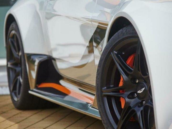 Aston Martin V12 Vantage GT12 #One of one#Geneva Motorshow Car#Modèle inspiré GT3 Compétition Speedway White métal - 4