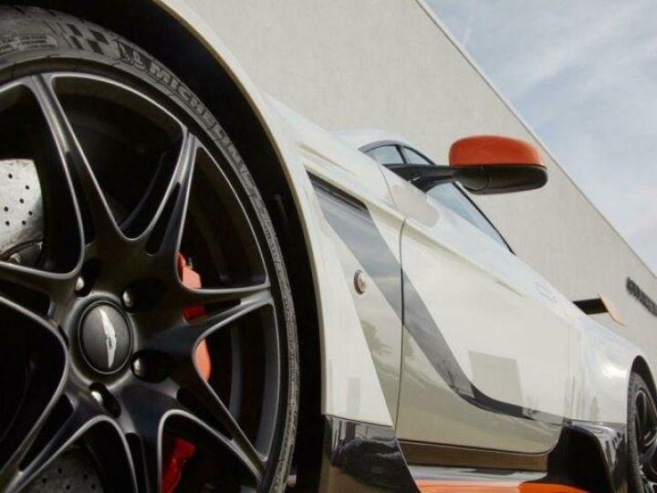 Aston Martin V12 Vantage GT12 #One of one#Geneva Motorshow Car#Modèle inspiré GT3 Compétition Speedway White métal - 9