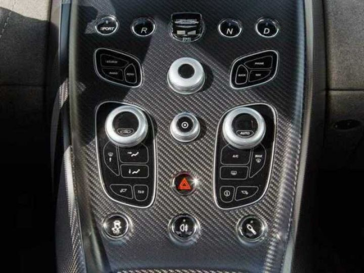 Aston Martin V12 Vantage GT12 #One of one#Geneva Motorshow Car#Modèle inspiré GT3 Compétition Speedway White métal - 14