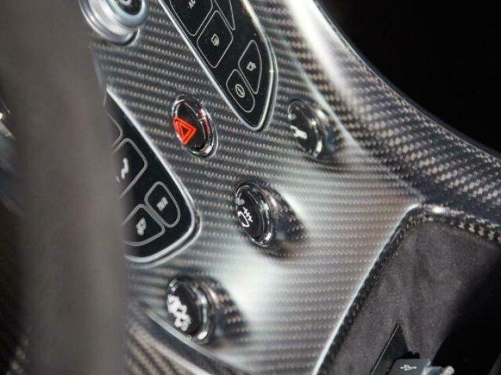 Aston Martin V12 Vantage GT12 #One of one#Geneva Motorshow Car#Modèle inspiré GT3 Compétition Speedway White métal - 15