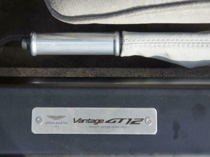 Aston Martin V12 Vantage GT12 #One of one#Geneva Motorshow Car#Modèle inspiré GT3 Compétition Speedway White métal - 16