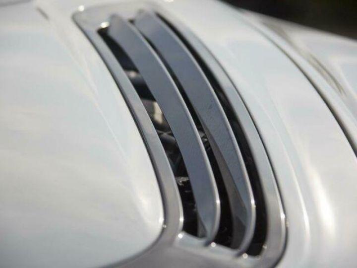 Aston Martin V12 Vantage GT12 #One of one#Geneva Motorshow Car#Modèle inspiré GT3 Compétition Speedway White métal - 20