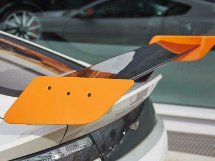 Aston Martin V12 Vantage GT12 #One of one#Geneva Motorshow Car#Modèle inspiré GT3 Compétition Speedway White métal - 21