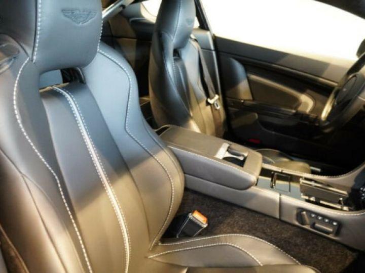 Aston Martin V12 Vantage Pack carbone intérieur+extérieur Meteorite Silver métal - 8