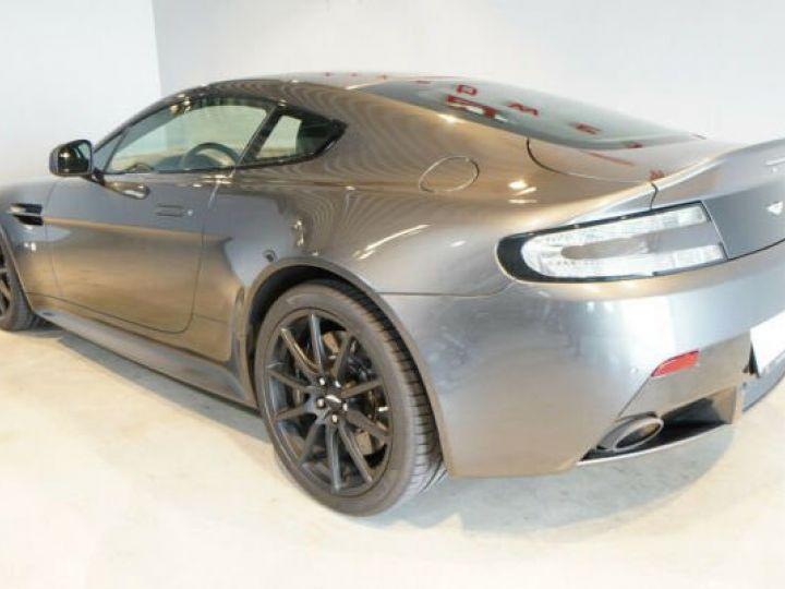 Aston Martin V12 Vantage Pack carbone intérieur+extérieur Meteorite Silver métal - 11