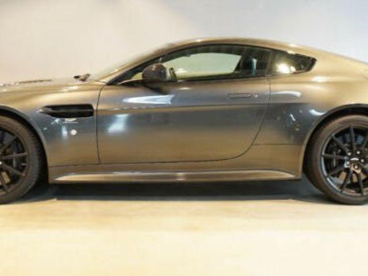 Aston Martin V12 Vantage Pack carbone intérieur+extérieur Meteorite Silver métal - 21