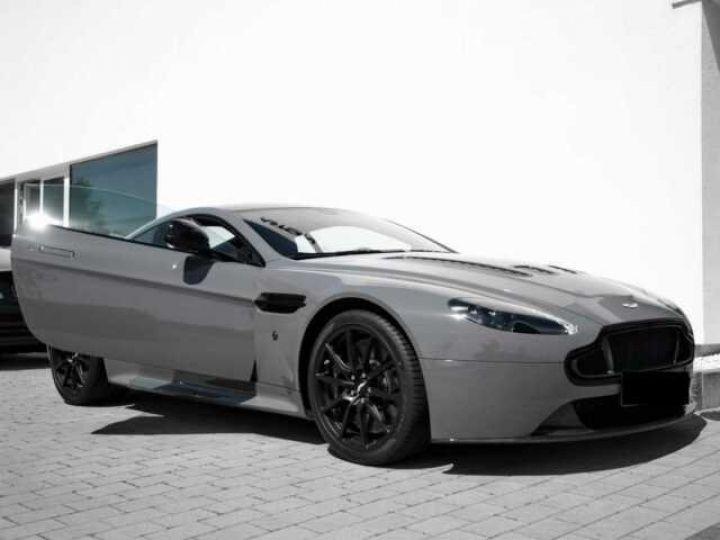 Aston Martin V12 Vantage S China Grey - 3
