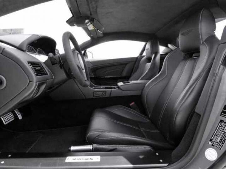 Aston Martin V12 Vantage S China Grey - 12