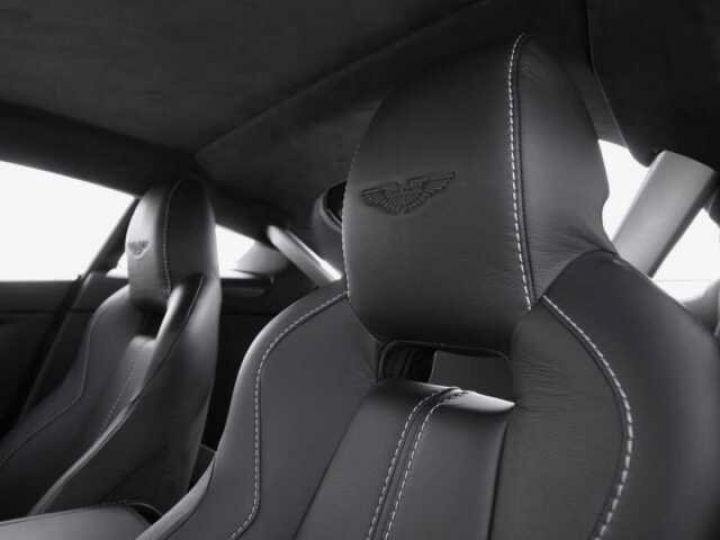 Aston Martin V12 Vantage S China Grey - 16