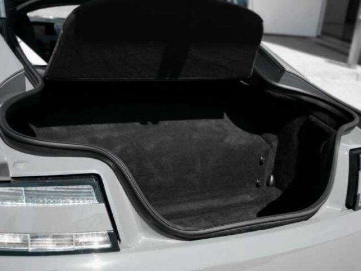 Aston Martin V12 Vantage S China Grey - 20