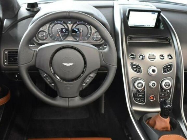 Aston Martin V12 Vantage V600 Roadster # 1 of 7 Spirit Silver métal - 10