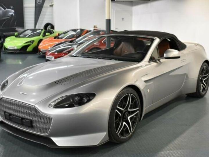 Aston Martin V12 Vantage V600 Roadster # 1 of 7 Spirit Silver métal - 11