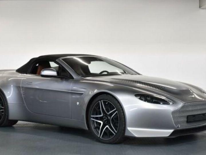 Aston Martin V12 Vantage V600 Roadster # 1 of 7 Spirit Silver métal - 14