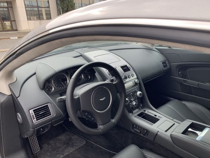 Aston Martin V8 Vantage GRIS ANTRANCITE Occasion - 6