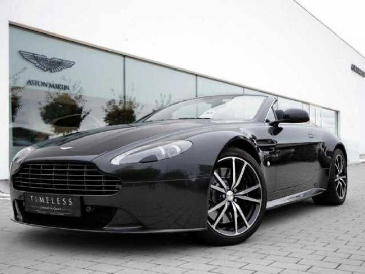 Aston Martin V8 Vantage Ceramic Grey métal - 1