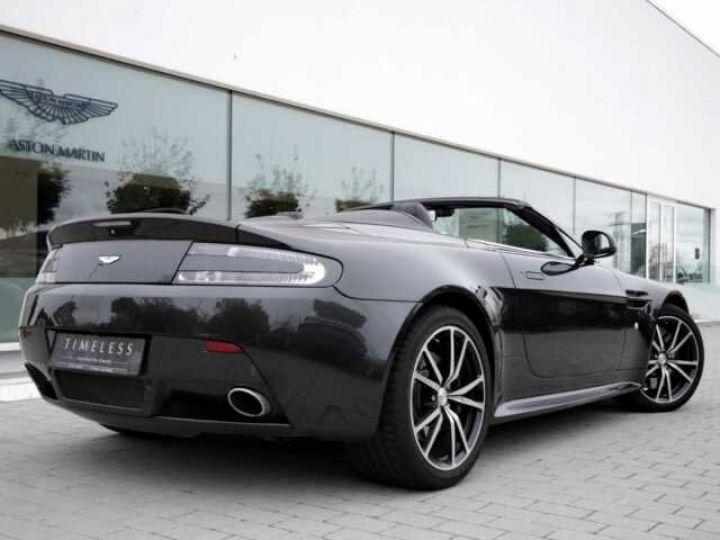 Aston Martin V8 Vantage Ceramic Grey métal - 4