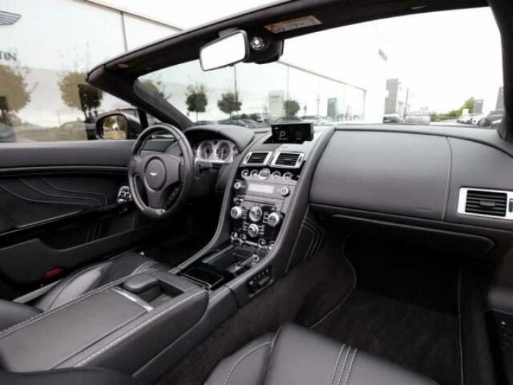 Aston Martin V8 Vantage Ceramic Grey métal - 9