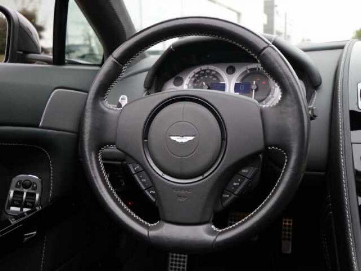 Aston Martin V8 Vantage Ceramic Grey métal - 13
